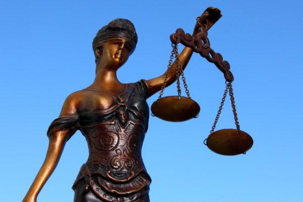 Arbeitsrecht Justitia nah